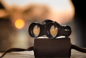 cyber monday binocular deals